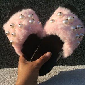 Cape Robbin Shoes - Blush Pick Faux Fur Absolutely Fabulous Slides